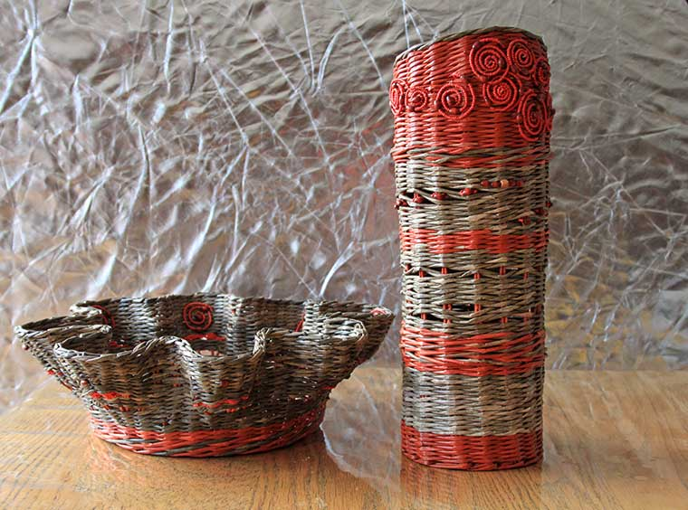 red-and-grey-vase-set-01