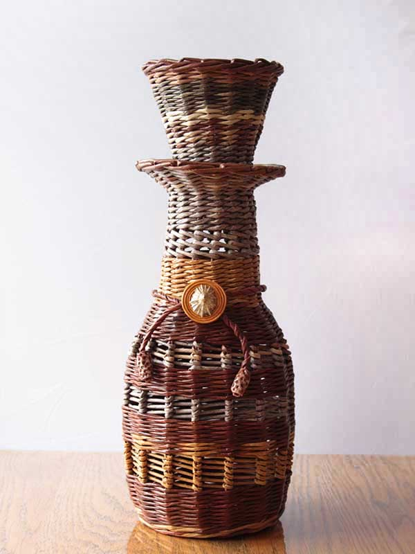Wicker Vase decorated with a sea shell